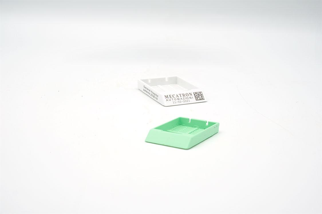 Brevetto italiano   Brevetto europeo   Laser cassette istologiche